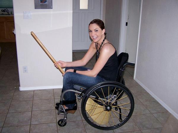 Женщины инвалиды видео